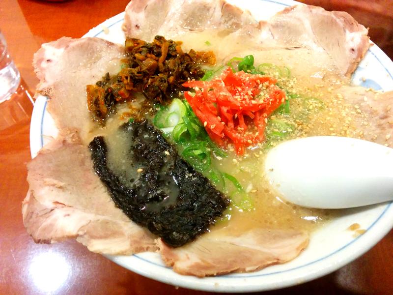 博多っ子のチャーシュー麺