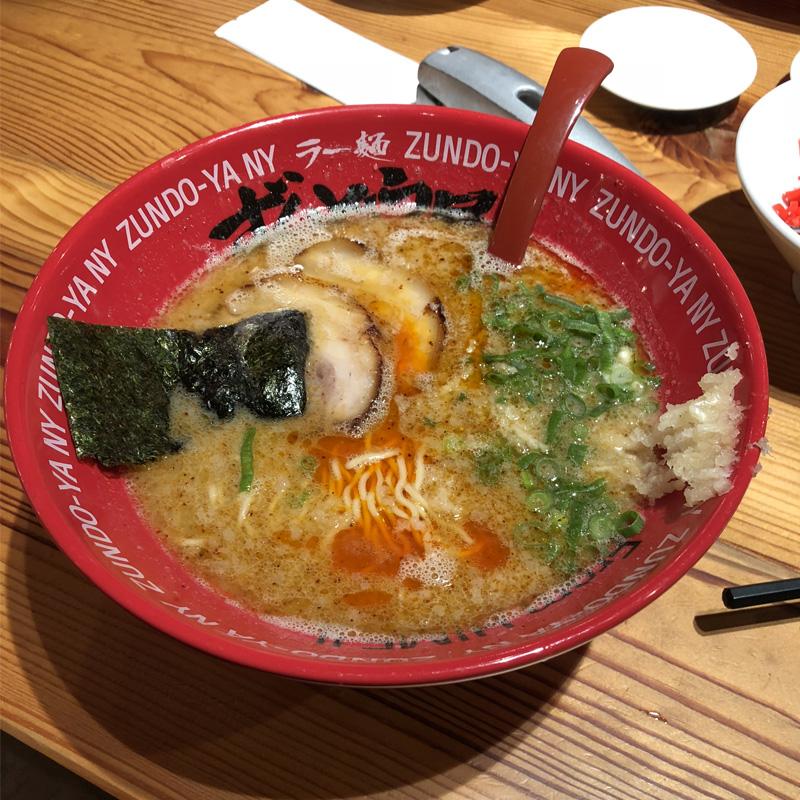ずんどう屋京都八幡店のラーメン
