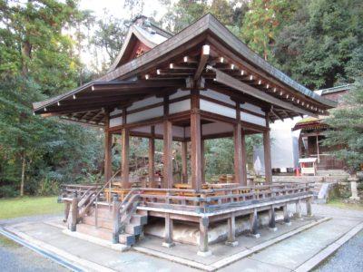 月読神社の舞殿