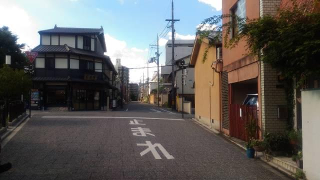京都市のとある静かな通り